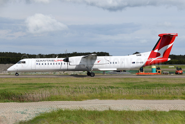 QANTAS Link-Sunstate Airlines Bombardier DHC-8-402 (Q400) VH-QOD (msn 4123) BNE (Ton Jochems). Image: 946143.