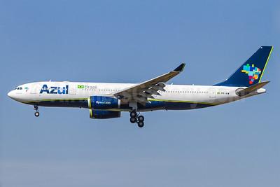 Azul Brasil (Azul Linhas Aereas Brasileiras) Airbus A330-243 PR-AIW (msn 462) VCP (Rodrigo Cozzato). Image: 929686.