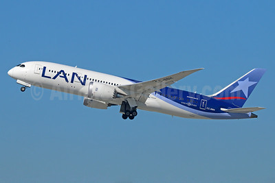 LAN Airlines (Chile) Boeing 787-8 Dreamliner CC-BBH (msn 42224)