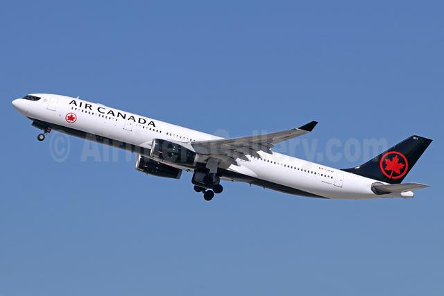 Air Canada Airbus A330-343 C-GFAF (msn 277) LAX (Michael B. Ing). Image: 939581.