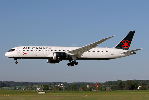 Air Canada Boeing 787-9 Dreamliner C-FRTG (msn 37184) ZRH (Andi Hiltl). Image: 942266.