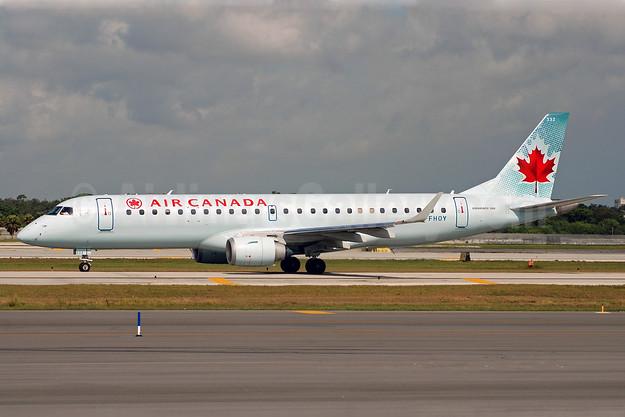Air Canada Embraer ERJ 190-100 IGW C-FHOY (msn 19000105) FLL (Bruce Drum). Image: 100674.