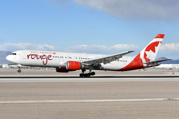 Air Canada rouge (Air Canada) Boeing 767-375 ER C-GEOQ (msn 30112) LAS (Ken Petersen). Image: 942273.