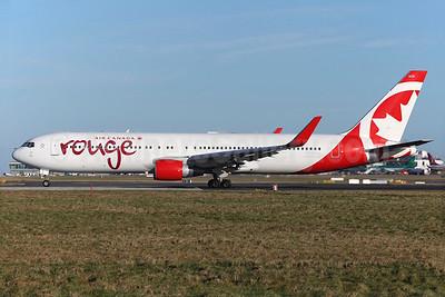 Air Canada rouge (Air Canada) Boeing 767-333 ER WL C-FMWV (msn 25586) (Winglets) DUB (Greenwing). Image: 929147.