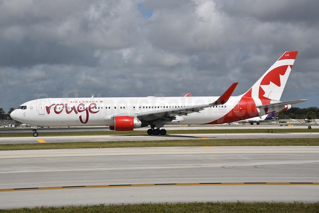 Air Canada rouge Boeing 767-333 ER WL C-FMWQ (msn 25584) FLL (Bruce Drum). Image: 104621.