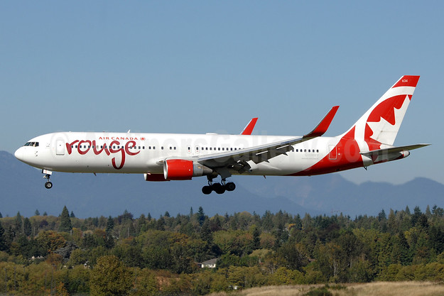 Air Canada rouge (Air Canada) Boeing 767-333 ER WL C-FMWV (msn 25586) YVR (Chris Sands). Image: 930167.