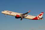 Air Canada rouge (Air Canada) Airbus A321-211 WL C-FJOU (msn 6873) YUL (Gilbert Hechema). Image: 930871.