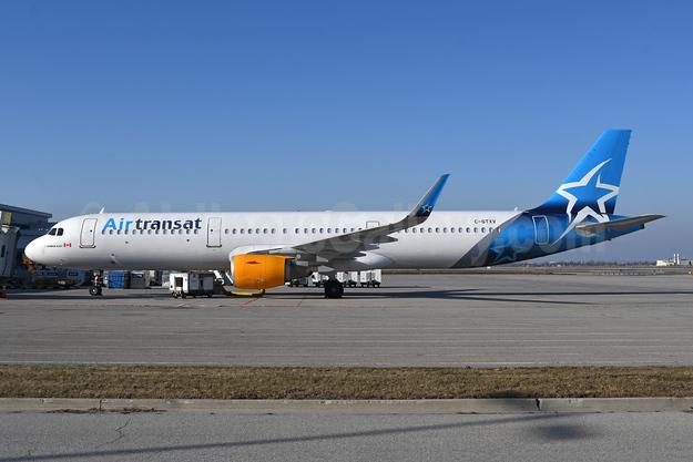 Air Transat Airbus A321-211 WL C-GTXV (msn 6526) YYZ (TMK Photography). Image: 946807.