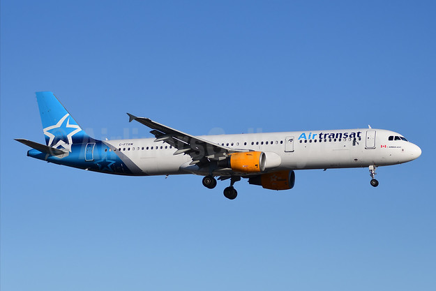 Air Transat Airbus A321-211 C-FTXW (msn 1921) YYZ (TMK Photography). Image: 946081.