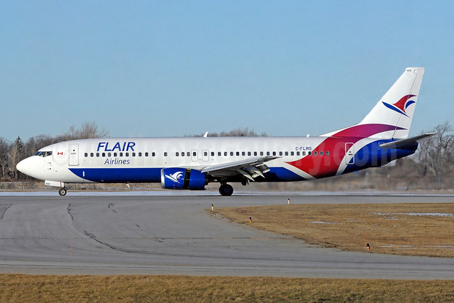 Flair Airlines Boeing 737-490 C-FLRS (msn 28888) YHM (TMK Photography). Image: 943480.