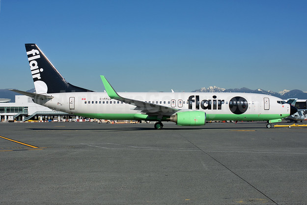 Flair Airlines Boeing 737-86J WL C-FFLC (msn 37758) YVR (Rob Rindt). Image: 949152.