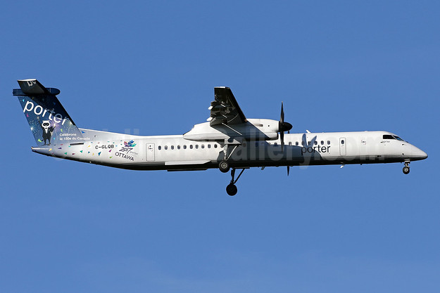 "Porter Airlines' ""Ottawa 2017"" promotional livery for Canada's 150th birthday"