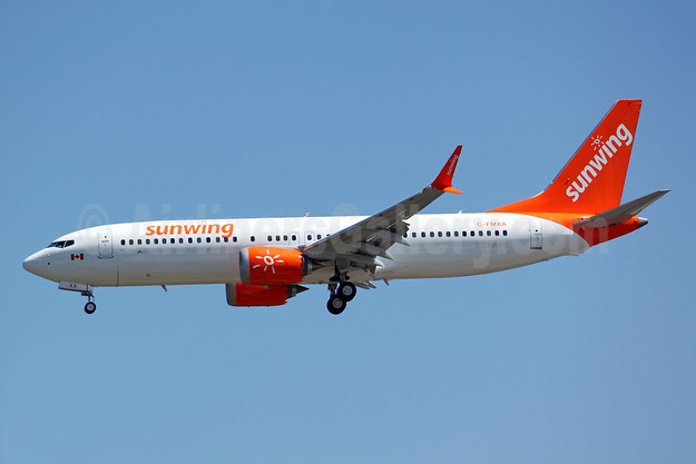 First Boeing 737-8 MAX 8 for Sunwing