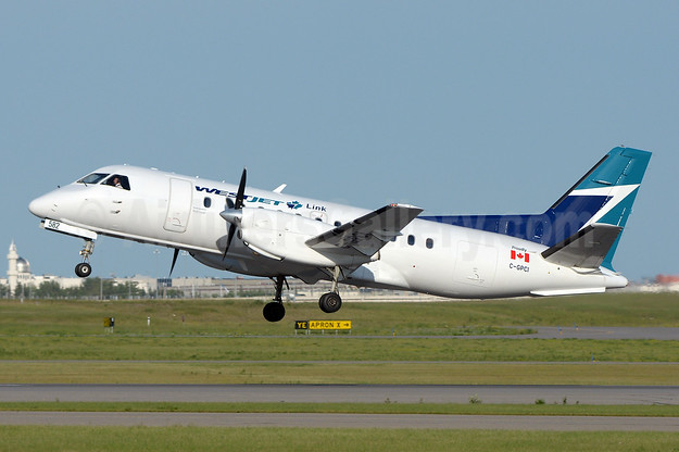 WestJet Link - Pacific Coastal Airlines SAAB 340B C-GPCI (msn 407) YYC (Chris Sands). Image: 943493.