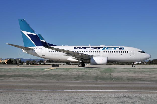 WestJet Airlines Boeing 737-7CT WL C-GQWJ (msn 35505) LAX (Ton Jochems). Image: 955621.