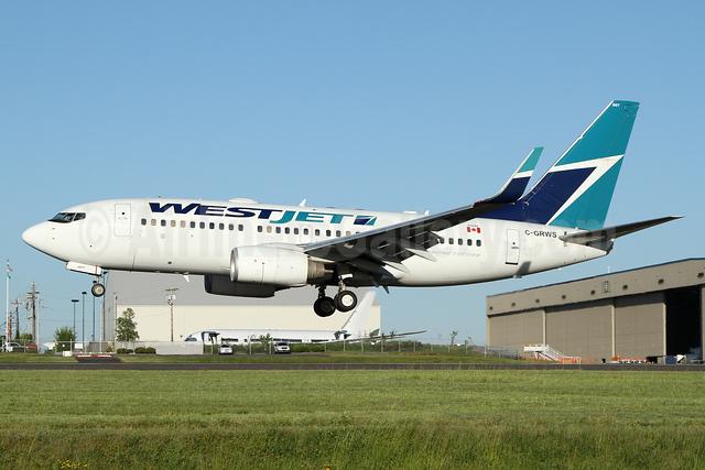 WestJet Airlines Boeing 737-76N WL C-GRWS (msn 32881) PAE (Nick Dean). Image: 932900.