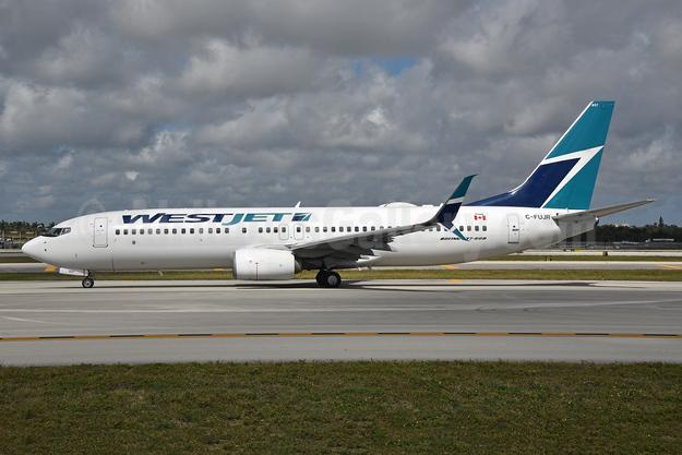 WestJet Airlines Boeing 737-8CT SSWL C-FUJR (msn 60130) FLL (Bruce Drum). Image: 104623.