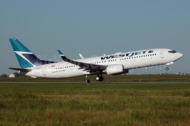 WestJet Airlines Boeing 737-8CT WL C-GZWS (msn 32770) YYC (Chris Sands). Image: 925499.
