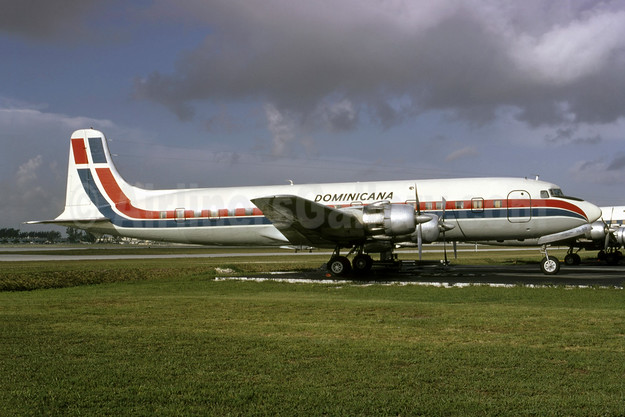 Dominicana Douglas DC-6B (F) HI-92 (msn 43532) MIA (Bruce Drum). Image: 105568.