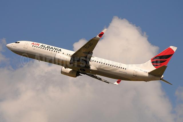 Air Albania Boeing 737-8F2 WL TC-JZG (msn 60028) BLQ (Marco Finelli). Image: 953460.