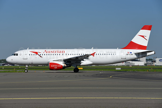 Austrian Airlines Airbus A320-216 OE-LXB (msn 3482) AMS (Ton Jochems). Image: 941835.
