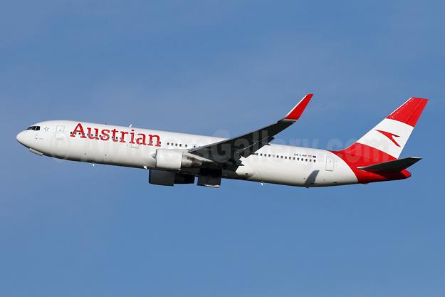 Austrian Airlines Boeing 767-3Z9 ER WL OE-LAW (msn 26417) IAD (Brian McDonough). Image: 946360.