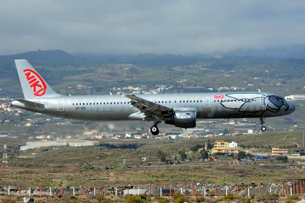 Niki Luftfahrt (flyNiki.com) Airbus A321-211 OE-LET (msn 3830) TFS (Paul Bannwarth). Image: 926835.