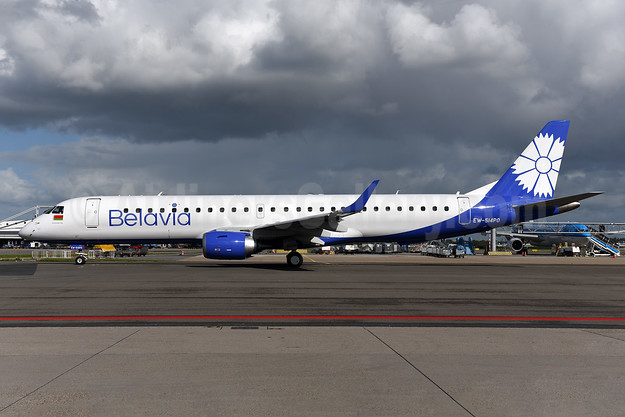 Belavia Belarusian Airlines Embraer ERJ 190-200LR (ERJ 195) EW-514PO (msn 19000756) AMS (Ton Jochems). Image: 943828.