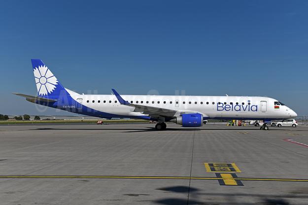 Belavia Belarusian Airlines Embraer ERJ 190-200LR (ERJ 195) EW-513PO (msn 19000754) PRG (Ton Jochems). Image: 947557.