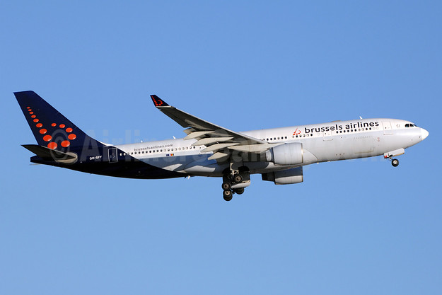 Brussels Airlines Airbus A330-223 OO-SFY (msn 229) YYZ (TMK Photography). Image: 941517.