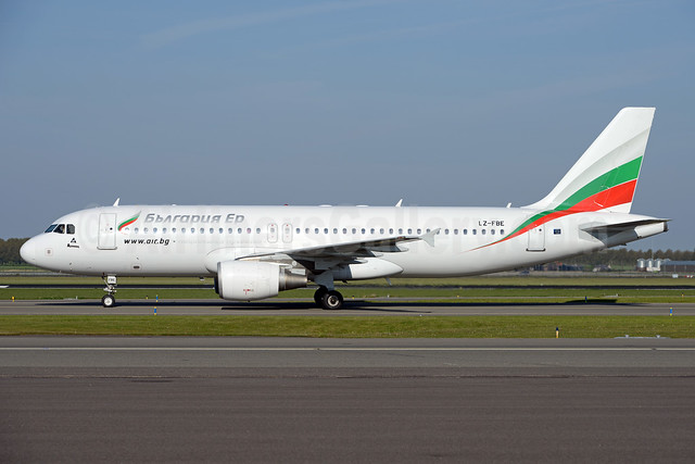 Bulgaria Air Airbus A320-214 LZ-FBE (msn 3780) AMS (Ton Jochems). Image: 937737.