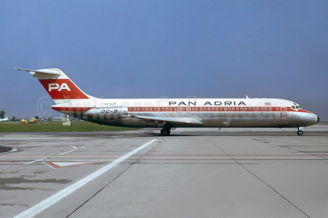 Pan Adria Airways McDonnell Douglas DC-9-32 YU-AJF (msn 47570) MUC (Jacques Guillem Collection). Image: 937872.