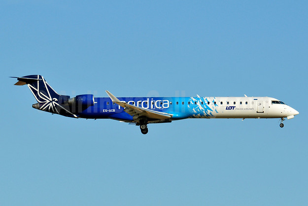 Nordica - LOT Polish Airlines Bombardier CRJ900 (CL-600-2D24) ES-ACB (msn 15261) BRU (Karl Cornil). Image: 938682.