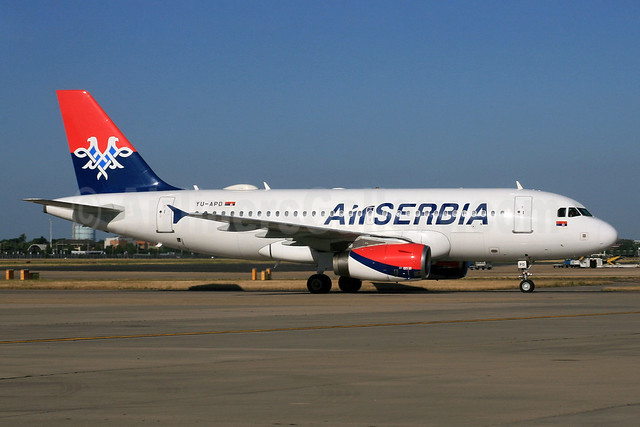 Air Serbia Airbus A319-132 YU-APD (msn 2335) LHR. Image: 934171.