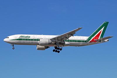 Alitalia (3rd) (Societa Aerea Italiana) Boeing 777-243 ER EI-DBK (msn 32783) LAX (Michael B. Ing). Image: 928744.