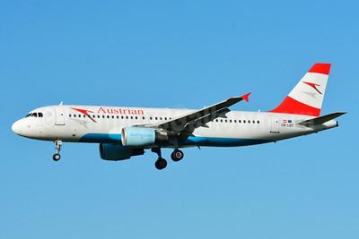 Austrian Airlines Airbus A320-214 OE-LBT (msn 1387) ZRH (Paul Bannwarth). Image: 929101.