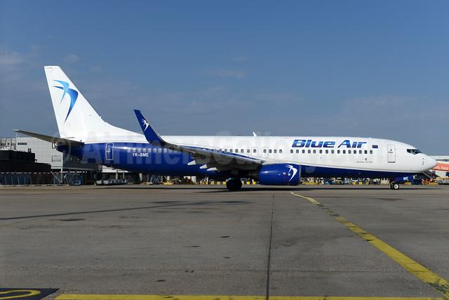 Blue Air Boeing 737-86N WL YR-BME (msn 34251) AMS (Ton Jochems). Image: 932918.