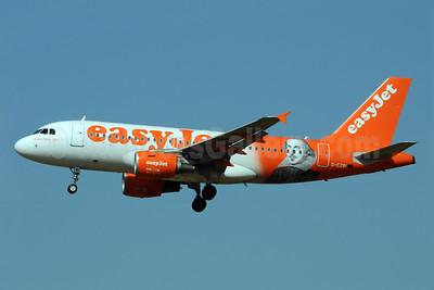 "easyJet (easyJet.com) (UK) Airbus A319-111 G-EZBI (msn 3003) (William Shakespeare - ""Romeo Alpha Juliet"") FCO (Karl Cornil). Image: 923352."