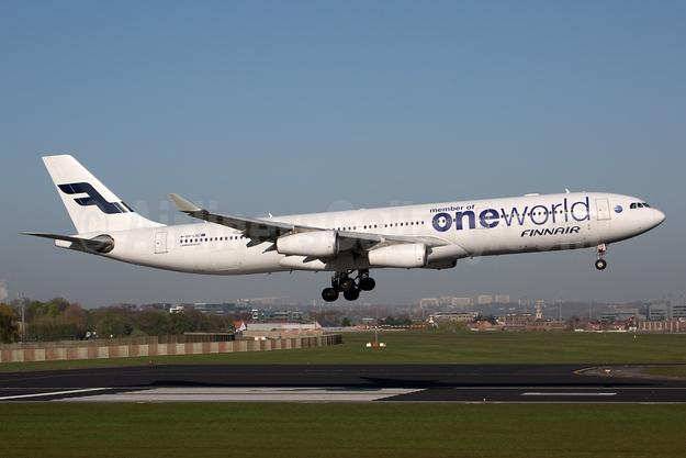Finnair Airbus A340-313 OH-LQE (msn 938) (Oneworld) BRU (Rainer Bexten). Image: 932726.