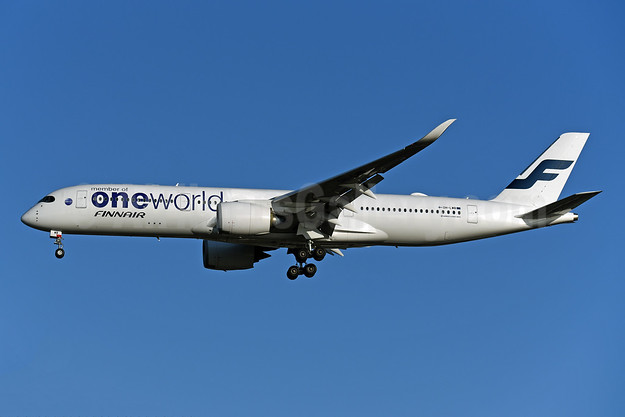 Finnair Airbus A350-941 OH-LWB (msn 019) (Oneworld) LHR (Rolf Wallner). Image: 948295.