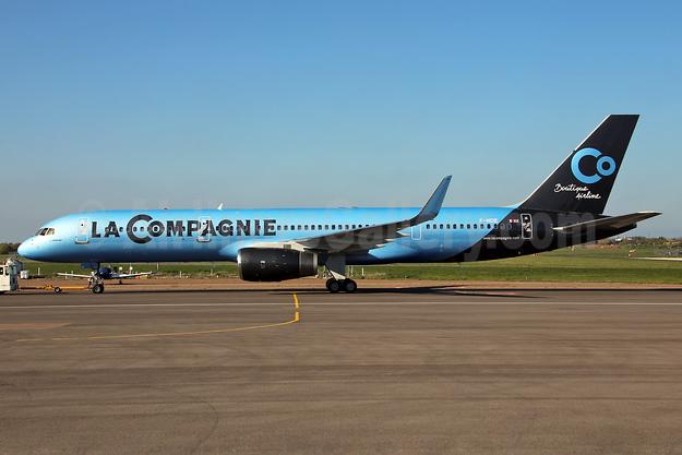 La Compagnie Boeing 757-204 WL F-HCIE (msn 27208) SEN (Keith Burton). Image: 927332.