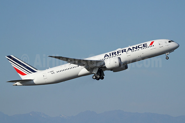 Air France Boeing 787-9 Dreamliner F-HRBD (msn 42487) PAE (Nick Dean). Image: 939730.
