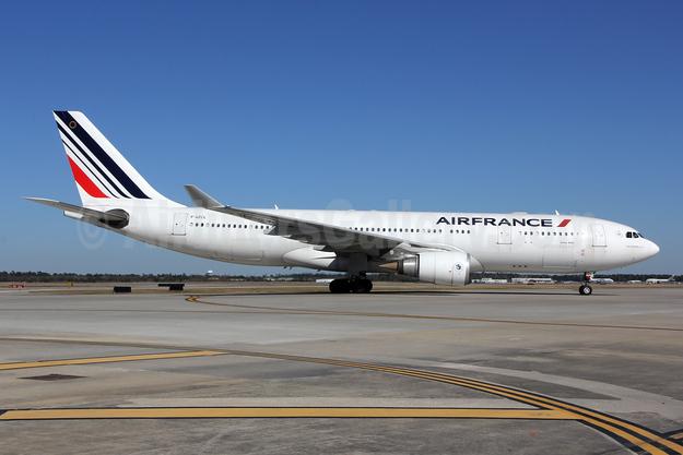 Air France Airbus A330-203 F-GZCL (msn 519) IAH (Jeffrey S. DeVore). Image: 903430.