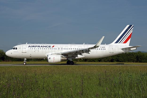 Air France Airbus A320-214 WL F-HEPK (msn 8127) ZRH (Rolf Wallner). Image: 942276.