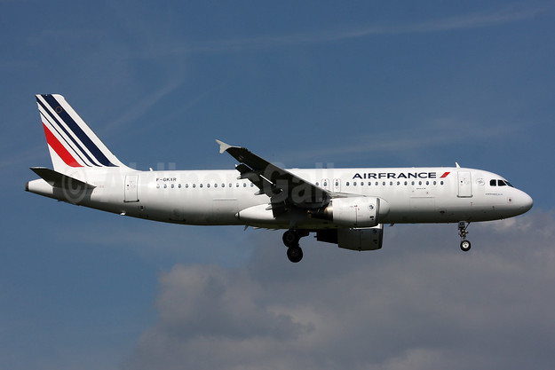 Air France Airbus A320-214 F-GKXR (msn 3795) LHR (SPA). Image: 944564.
