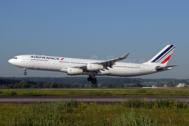 Air France Airbus A340-313 F-GLZO (msn 246) ZRH (Rolf Wallner). Image: 907174.