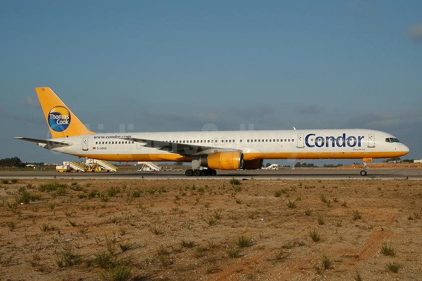 Condor Flugdienst-Thomas Cook Boeing 757-330 D-ABOG (msn 29014) FAO (Ton Jochems). Image: 953957.