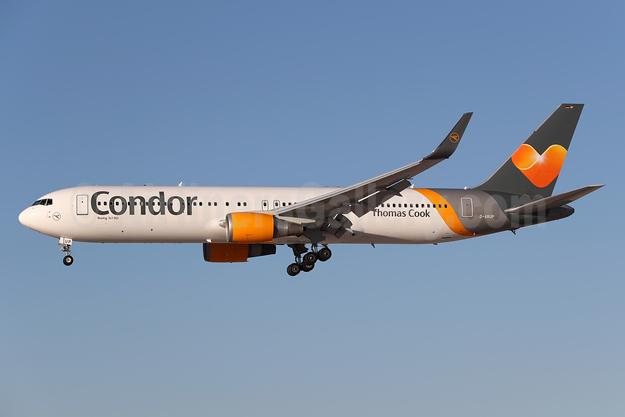 Condor Flugdienst-Thomas Cook Boeing 767-3Q8 ER WL D-ABUP (msn 30048) LAS (James Helbock). Image: 935753.