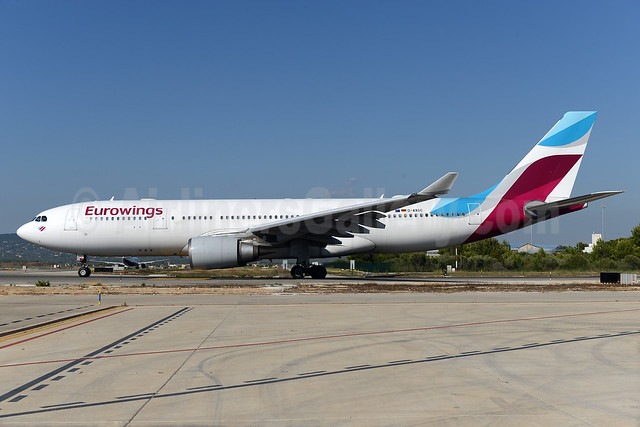 Eurowings Airbus A330-203 D-AXGC (msn 555) PMI (Ton Jochems). Image: 938293.