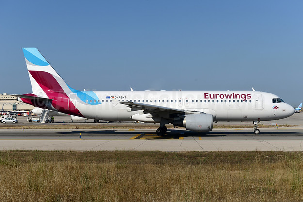 Eurowings (Airberlin) Airbus A320-214 D-ABNT (msn 2562) PMI (Ton Jochems). Image: 939083.